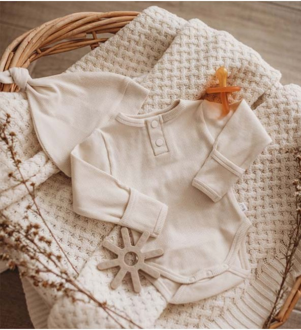 Halo Ribbed Knotted Beanie